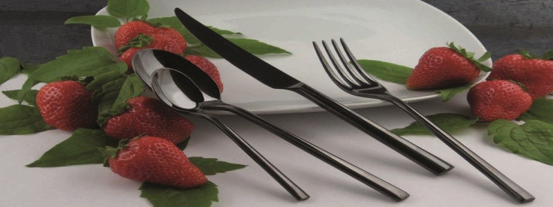 Couverts de table 250 Nero