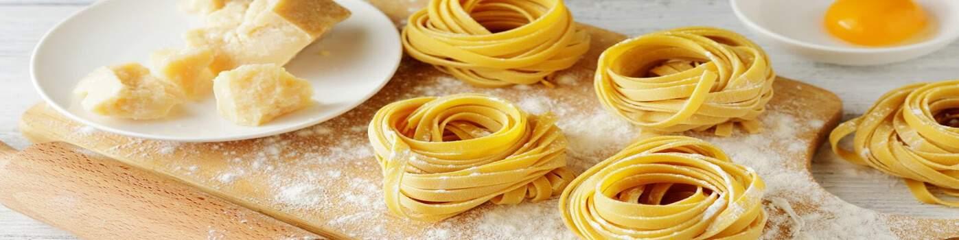 Ustensile de cuisine pour les pâtes