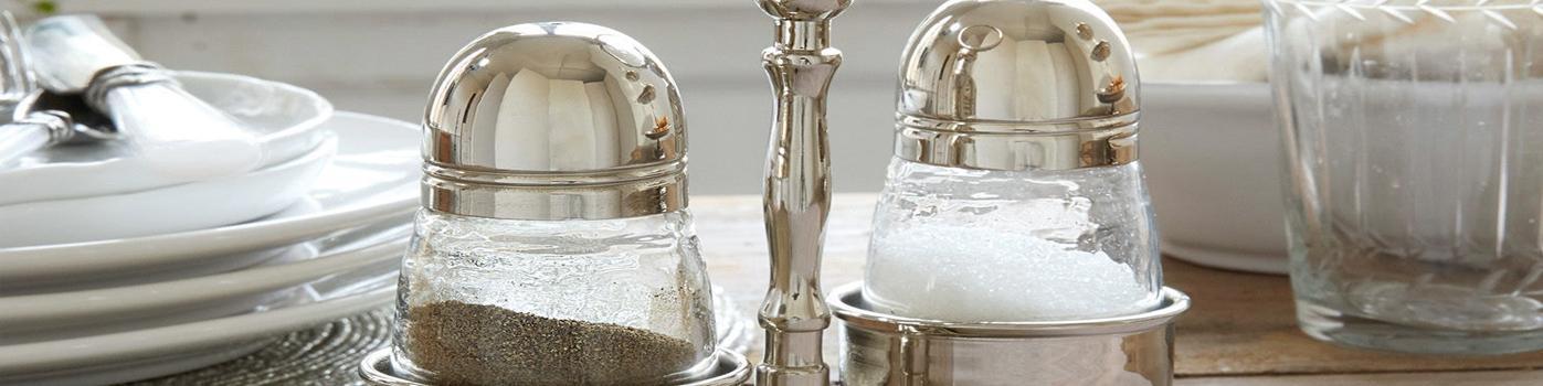 Ménagère à poivres et sel